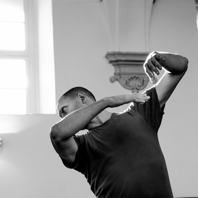 Noli me tangere by Gabriella Riccio ph Sabrina Merolla ©